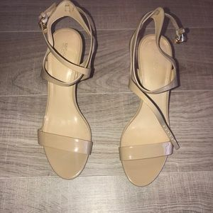 Michael Kors Sandals size 10